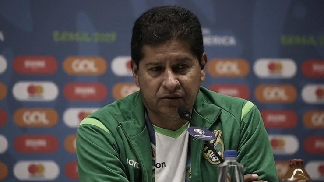 """Villegas desaprova atuação da Bolívia, mas confia na classificação: """"Vamos tentar"""""""