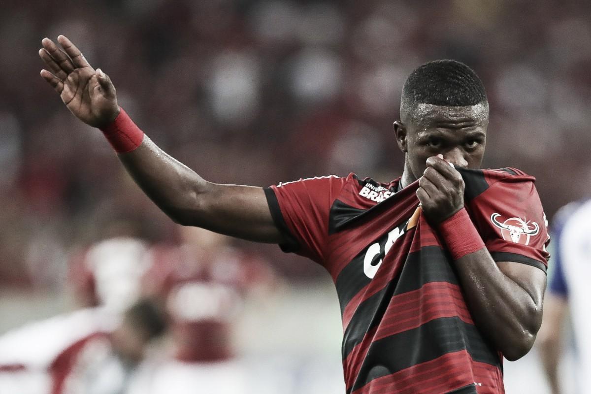 """Vinicius Júnior chora em possível adeus ao Maracanã: """"Estou onde sempre sonhei"""""""