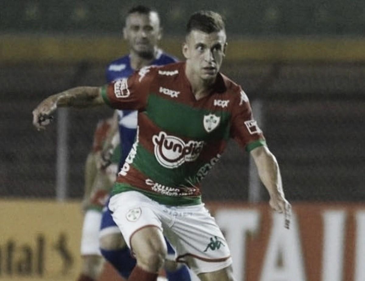 Volante Vinícius Martins fala de 'pressão' sobre a Portuguesa na Copa Paulista
