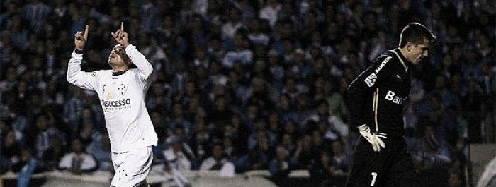 Visitante indigesto: no sul, Cruzeiro perdeu só uma vez para Grêmio em fases eliminatórias