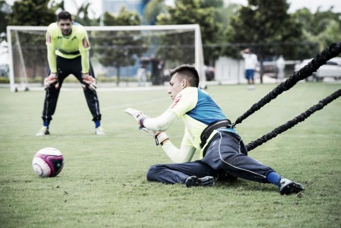 Destaque da base do Cruzeiro e já no profissional, goleiro Vitor Eudes desperta interesse do Benfica
