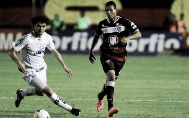 Vitória recebe Bragantino visando superar eliminação precoce na Copa do Brasil