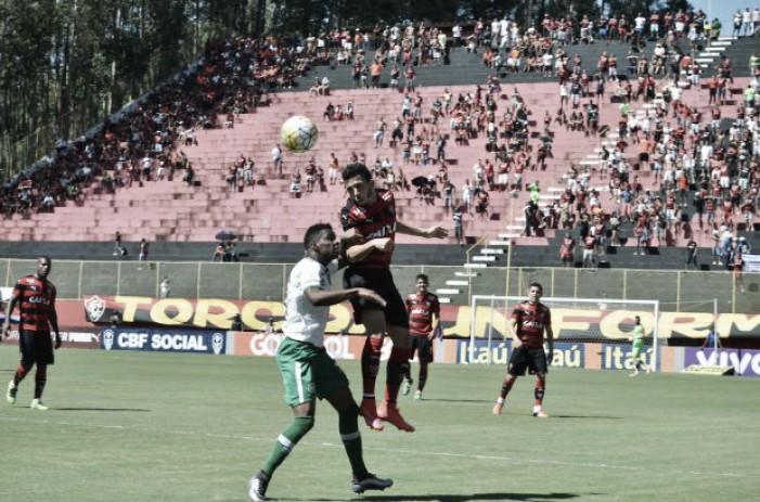 Chapecoense conquista importante triunfo contra Vitória em pleno Barradão