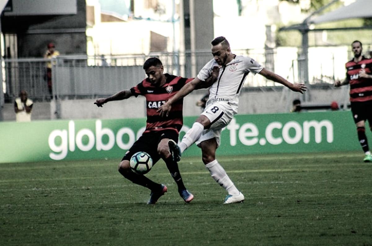 Renê Júnior torce o joelho em treino e desfalca Corinthians; veja relacionados
