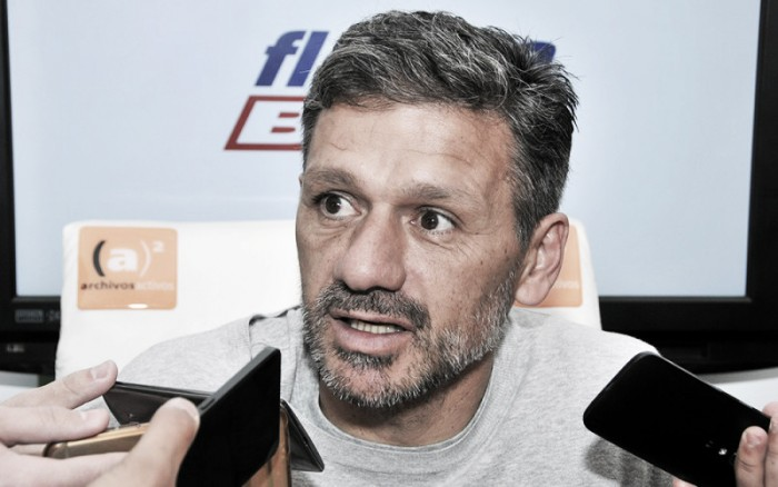"""Nelson Vivas: """"La culpa de la eliminación de la Copa Argentina fue mía"""""""
