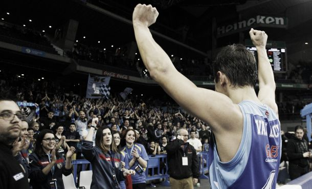 Estudiantes iguala a Murcia y mira hacia arriba