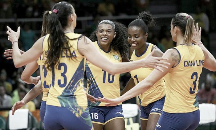 """Jogadoras do vôlei feminino do Brasil reclamam do horário dos jogos: """"Ingrato com o atleta"""""""