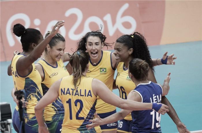Brasil vence Rússia e encontra com a China nas quartas do vôlei feminino