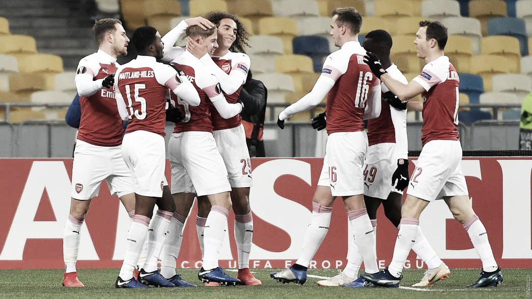 Recheado de jovens, Arsenal bate Vorskla fora de casa e se garante no mata-mata da UEL