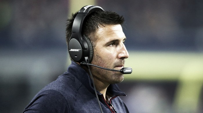 Houston Texans DC Mike Vrabel to head coach Tennessee Titans, Romeo Crennel to replace