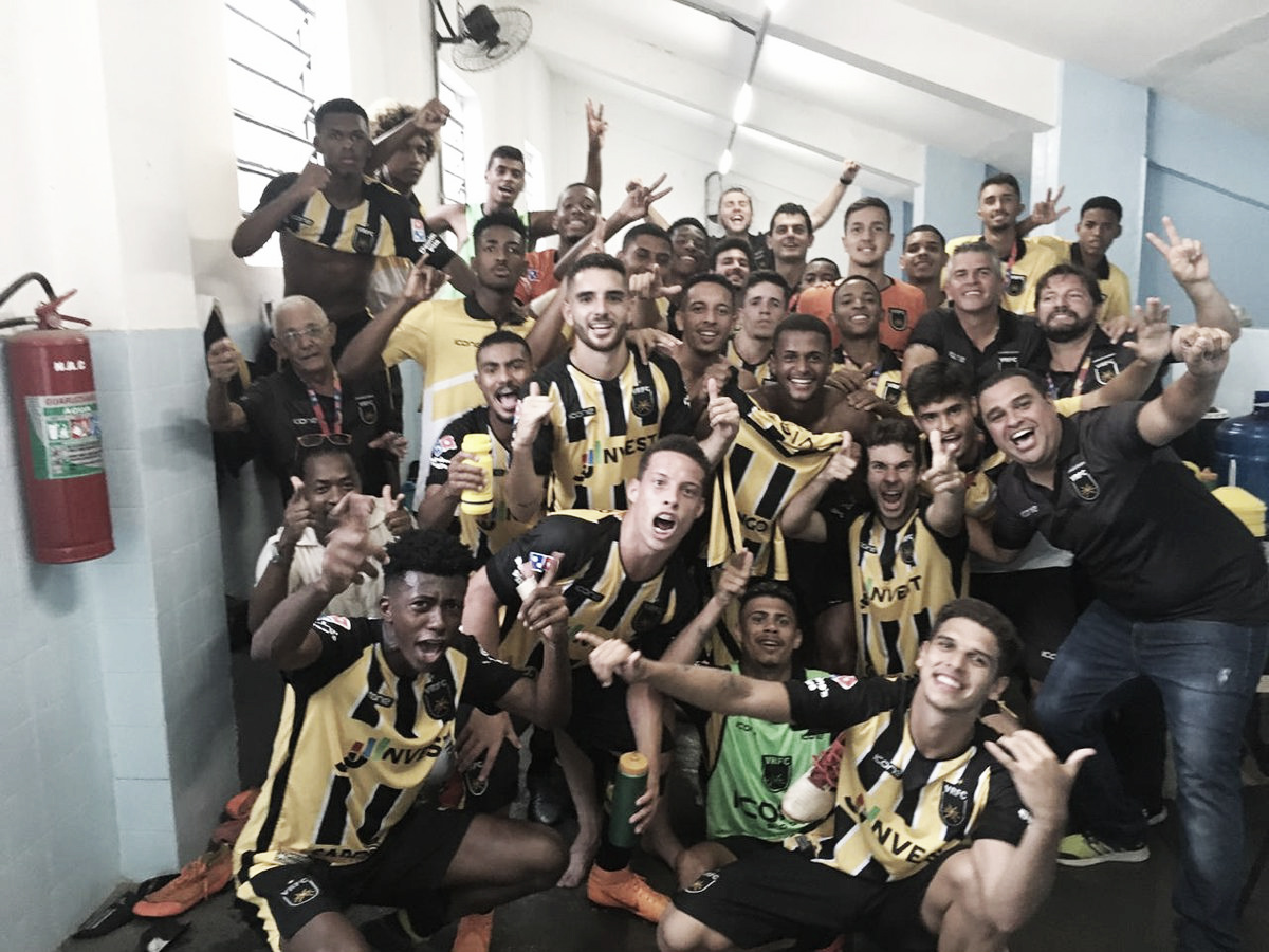 Com feito histórico, Volta Redonda elimina Goiás no mata-mata da Copinha