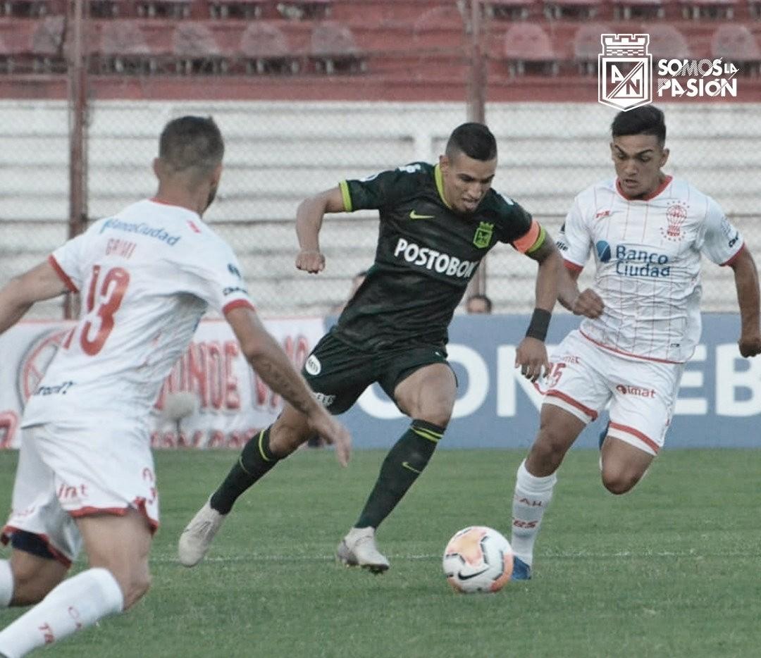 Atlético Nacional empató y clasificó ante un 'Huracán de faltas y agresividad'