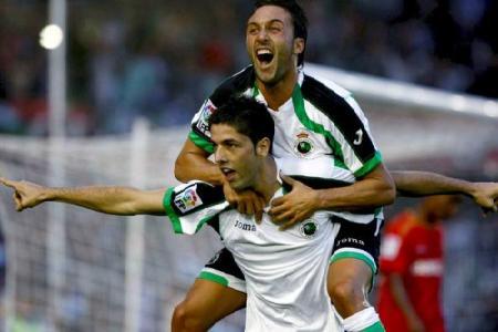 Juanjo rescinde contrato con el Racing de Santander