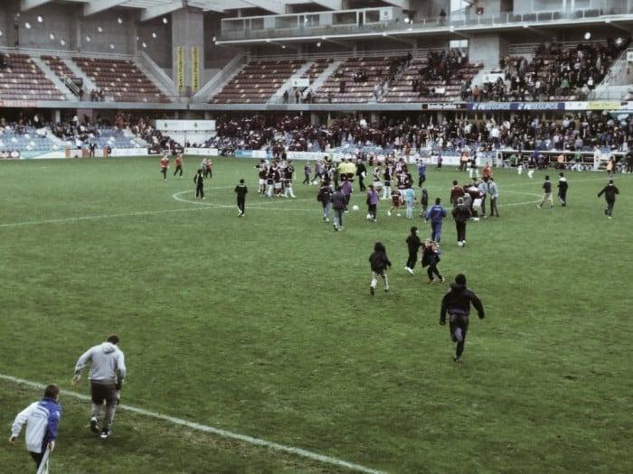 Victoria y playoff, regalo de aniversario para el Pontevedra