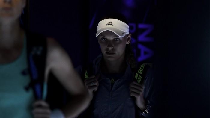 Wozniacki y su exquisitez se meten en cuartos de final