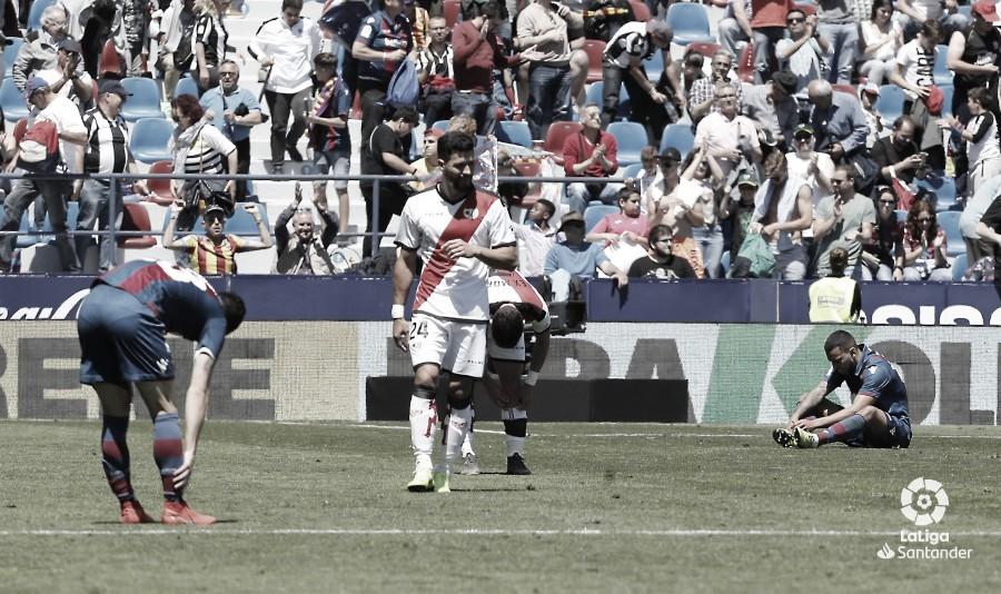 El Rayo Vallecano da un paso de gigante hacia Segunda División