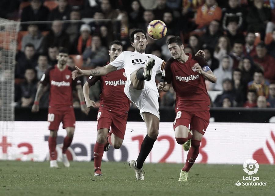 Previa Sevilla FC - Valencia CF: La reconquista de la cuarta plaza empieza en el Pizjuán