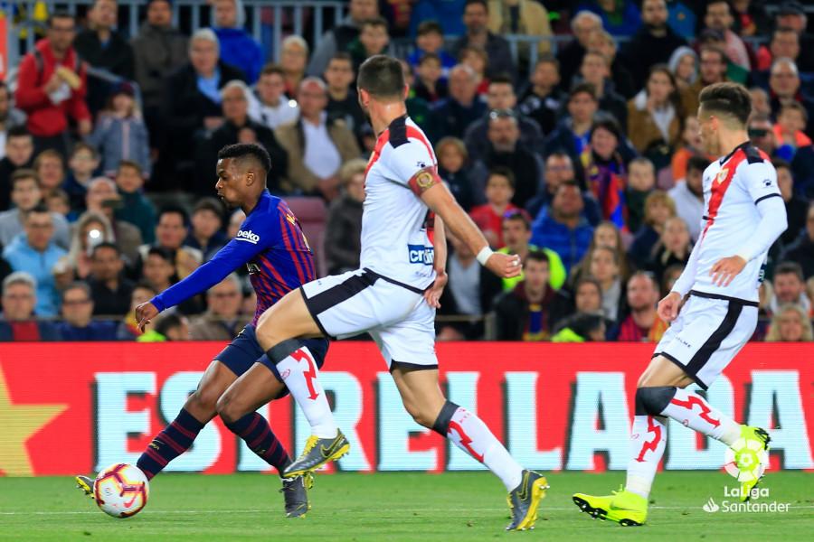 Álex Moreno y Amat, entre los 10 de La Liga que más juegan