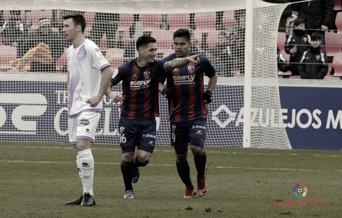 El Huesca suma otra victoria más en el Alcoraz frente al Numancia