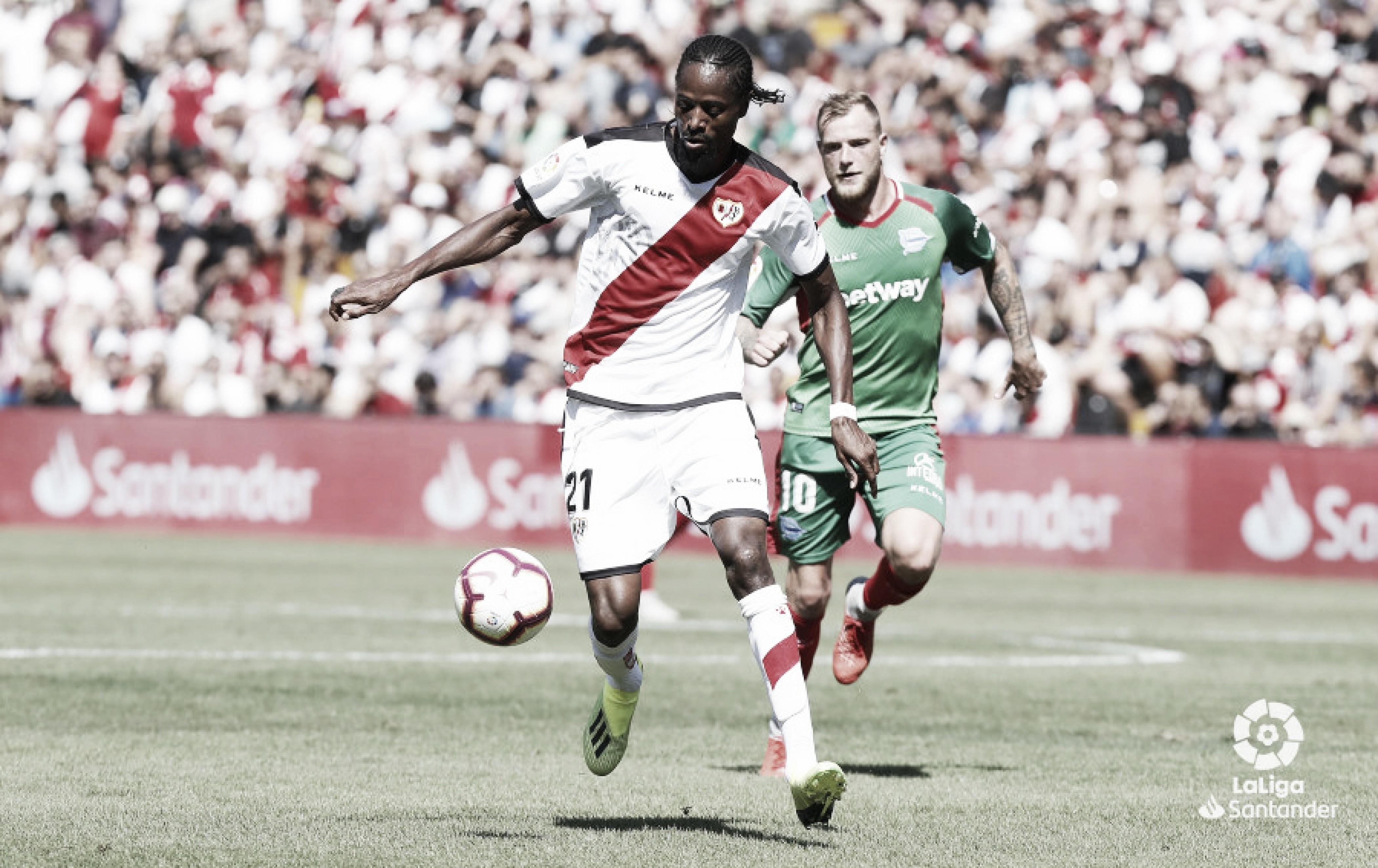 El senegalés recibió la primera tarjeta roja de la temporada