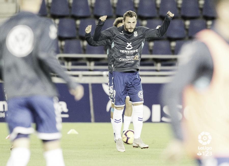 Filip Malbasic guía al CD Tenerife