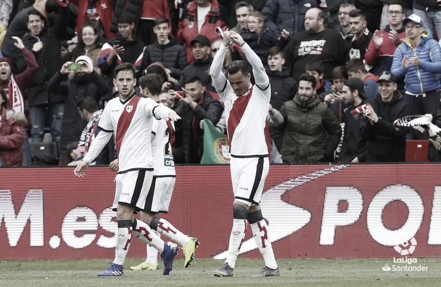 Raúl de Tomás, un delantero revelación en Primera División