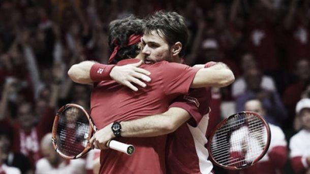 Coppa Davis: Federer - Wawrinka finalmente sì, Svizzera avanti