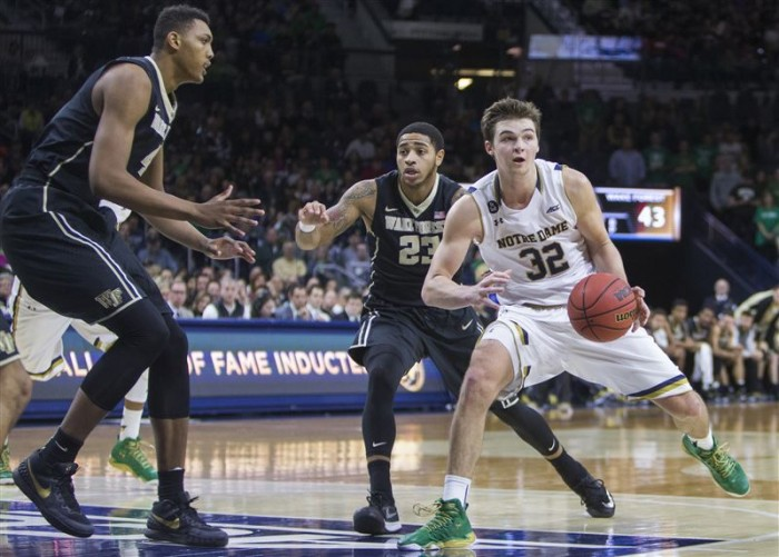 Notre Dame Fighting Irish - Wake Forest Demon Deacons Live Updates And Scores Of 2016 College Basketball (69-58)
