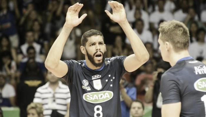 Wallace e Vôlei Taubaté confirmam negociação e oposto deve deixar Cruzeiro
