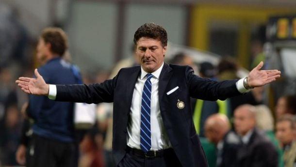 """Inter ko, Mazzarri: """"E' una lezione che servirà a tutti, bisogna ripartire forte"""""""