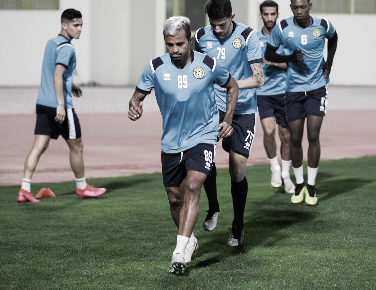 Wanderson comemora vitórias no Ittihad Kalba e comenta desenvolvimento do futebol árabe