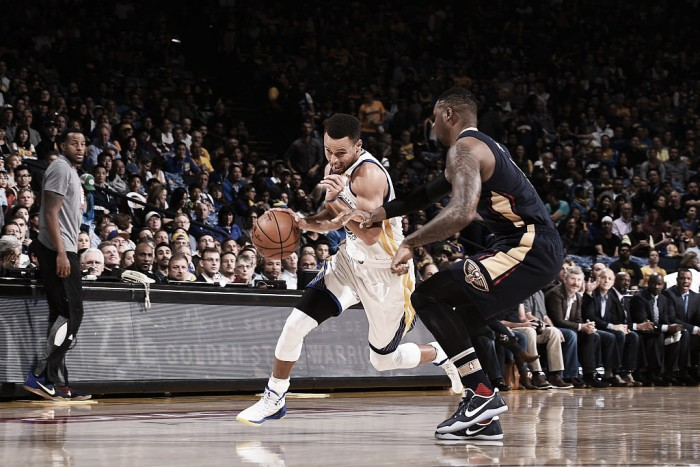 Stephen Curry bate recorde e Warriors derrotam Pelicans na Oracle Arena