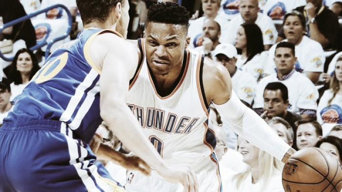 Thunder domina Warriors, amplia vantagem na série e fica perto da classificação