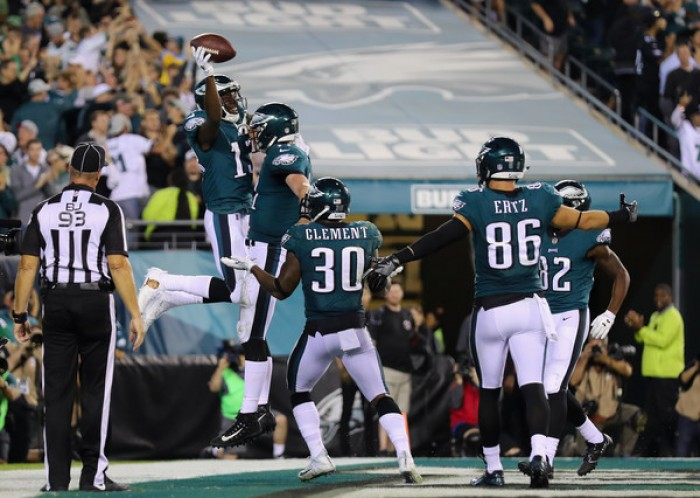 Carson Went throws four touchdowns as the Philadelphia Eagles defeat the Washington Redskins