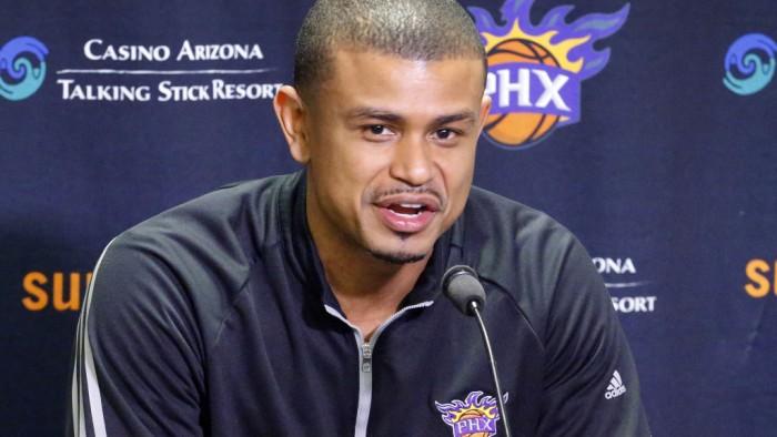 NBA - Clamoroso a Phoenix, esonerato coach Watson