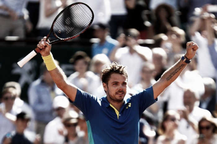 French Open: Stan Wawrinka overcomes Andy Murray to reach a fourth Grand Slam final in a five-set thriller