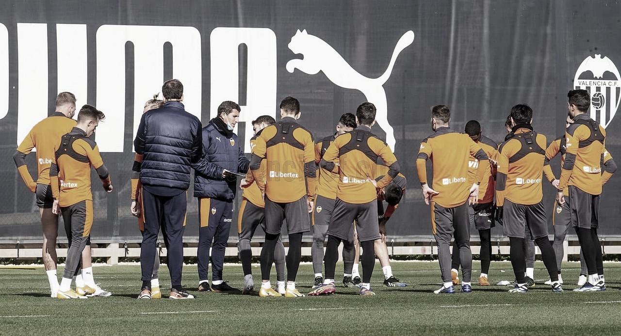 El equipo valenciano en el entrenamiento | Foto: Valencia C.F.