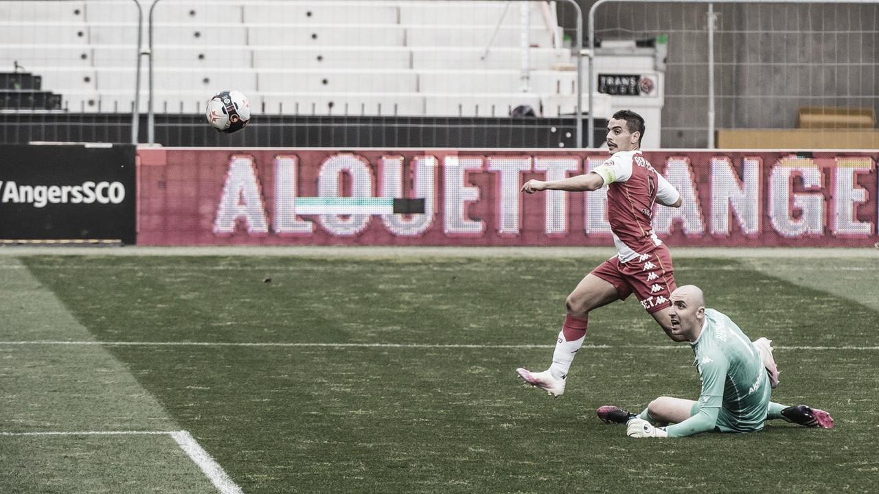 Monaco domina, demora a marcar, mas vê Ben Yedder resolver contra Angers