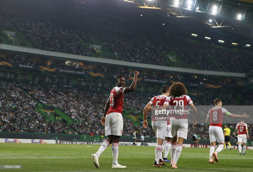 Sporting CP 0-1 Arsenal: Welbeck strike gives Gunners control of Group E