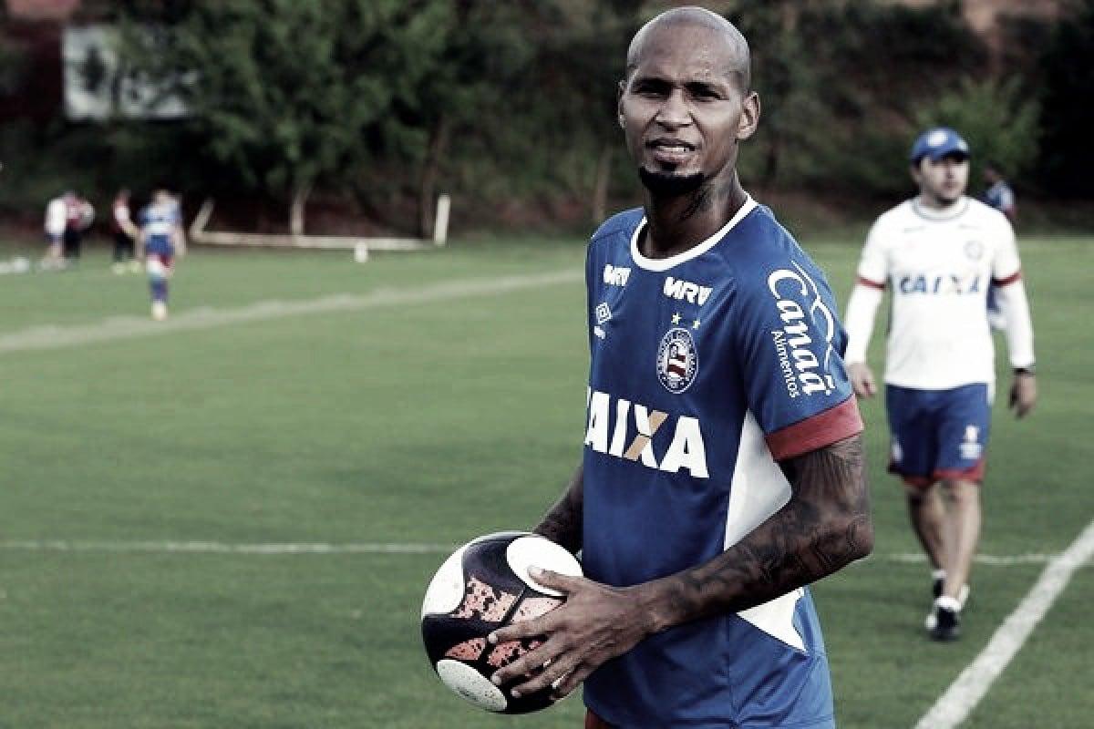 Brigando pelo acesso, CSA anuncia contratação de Wellington Silva, ex-Fla e Inter