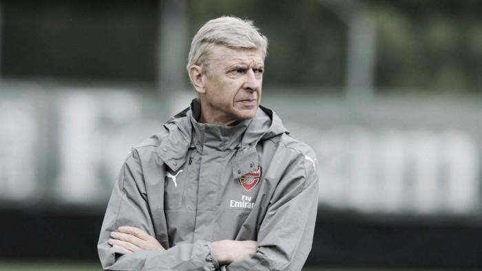 """Wenger: """"Giroud no es un sustituto para mí, es un jugador que puede entrar en el 11"""""""