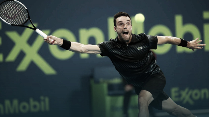 Bautista-Agut supera Wawrinka e enfrenta Djokovic nas semis em Doha