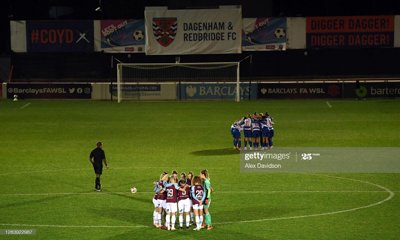 West Ham cruise past Reading in emphatic style