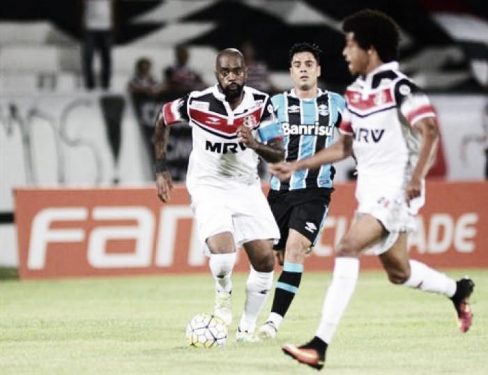 Com fim de jogo avassalador, Santa Cruz goleia Grêmio por 5 a 1 e se despede do Arruda