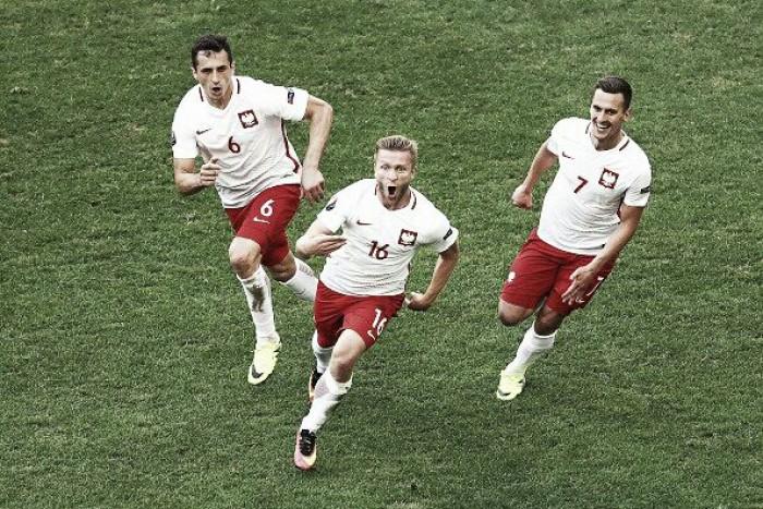 Polônia bate Ucrânia pelo placar mínimo e avança às oitavas da Eurocopa