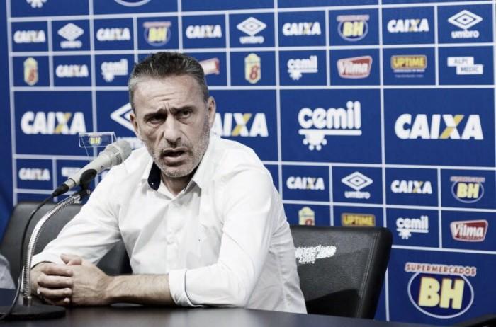 Paulo Bento não resiste à pressão e é demitido do Cruzeiro
