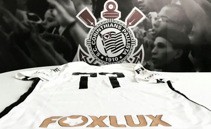 Corinthians anuncia Foxlux como novo patrocinador e espera chegar a R$100 milhões com parcerias