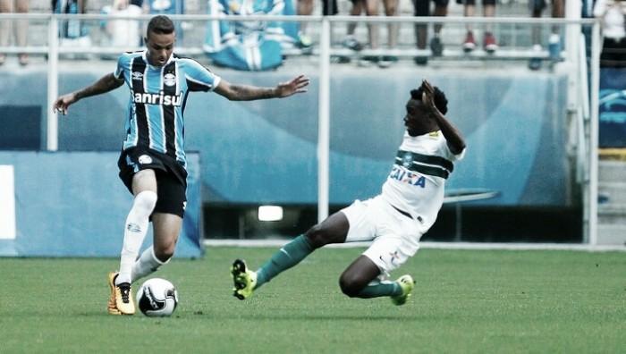 Melhores ataque e defesa, Grêmio e Coritiba duelam para manter série positiva