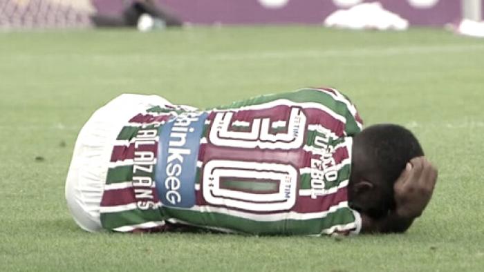 Calazans é agredido por torcedores do Flamengo e tem joelho operado chutado