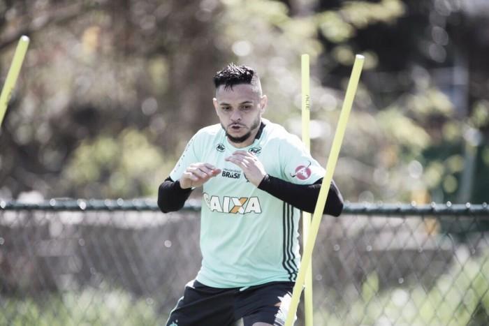 """Pará convoca torcida e projeta confronto contra Chapecoense: """"Equipe qualificada"""""""